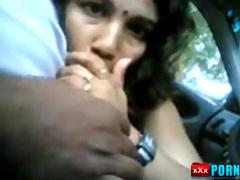 Blow job in car