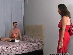 Ebony mom cumswapping threesome