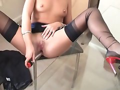 Becky masturbating in FF nylons
