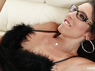 Busty brunette Dava Foxx loves to fuck