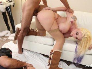 Mistress Leya makes him eat her creampie