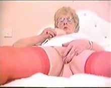 Amateur old fat granny masturbating