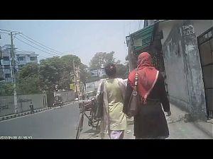 German Guy behind bangladeshi girls filming their asses !!
